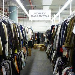 Look - wide aisle!
