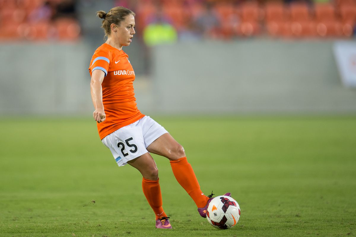 Megan Klingenberg slotted in at LB and looked very solid.
