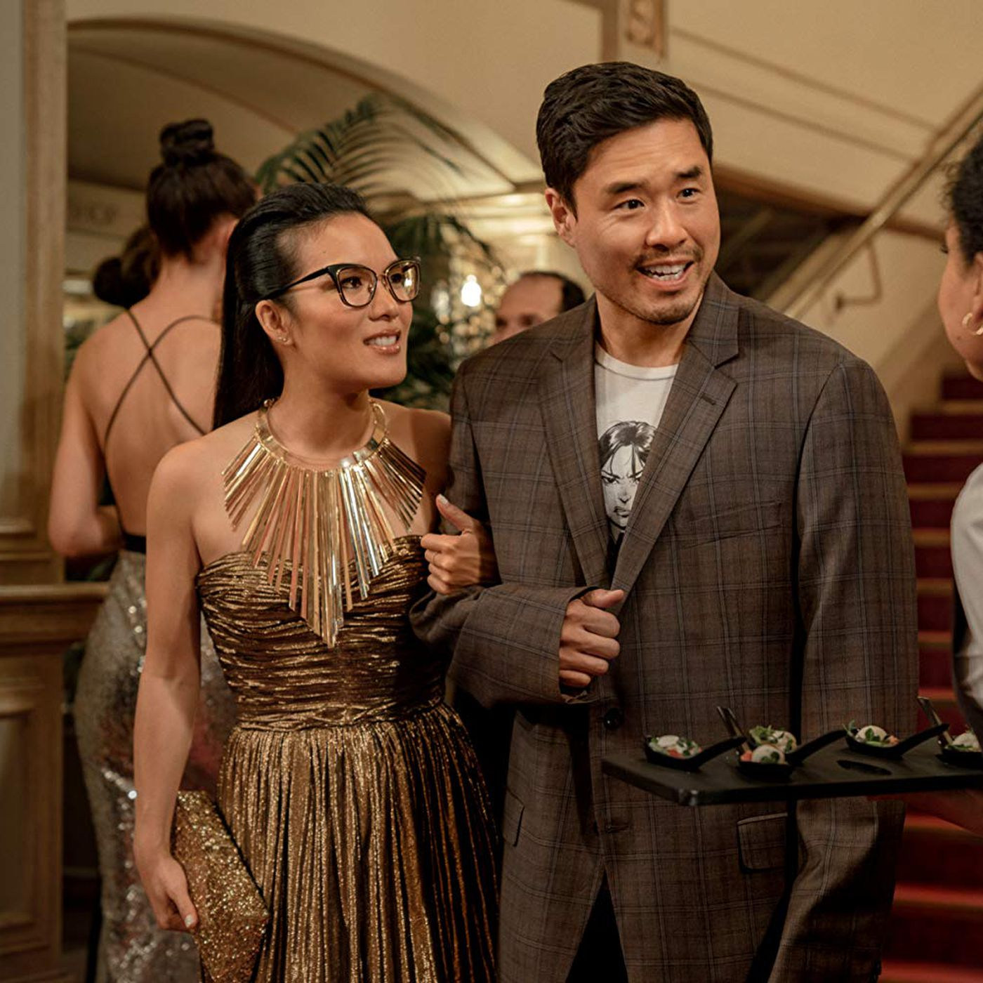 Always Be My Maybe review: Ali Wong's Netflix rom-com charms - Vox