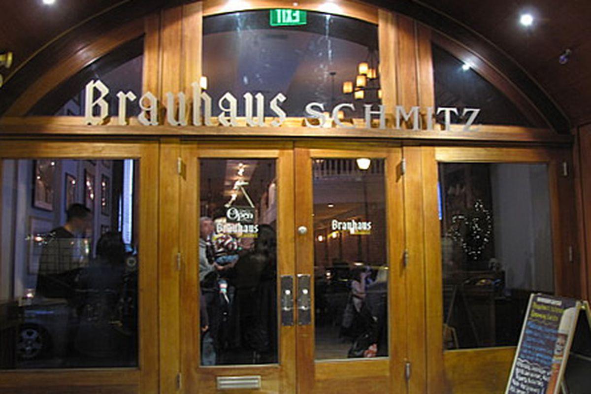 Brauhaus Schmitz at night.