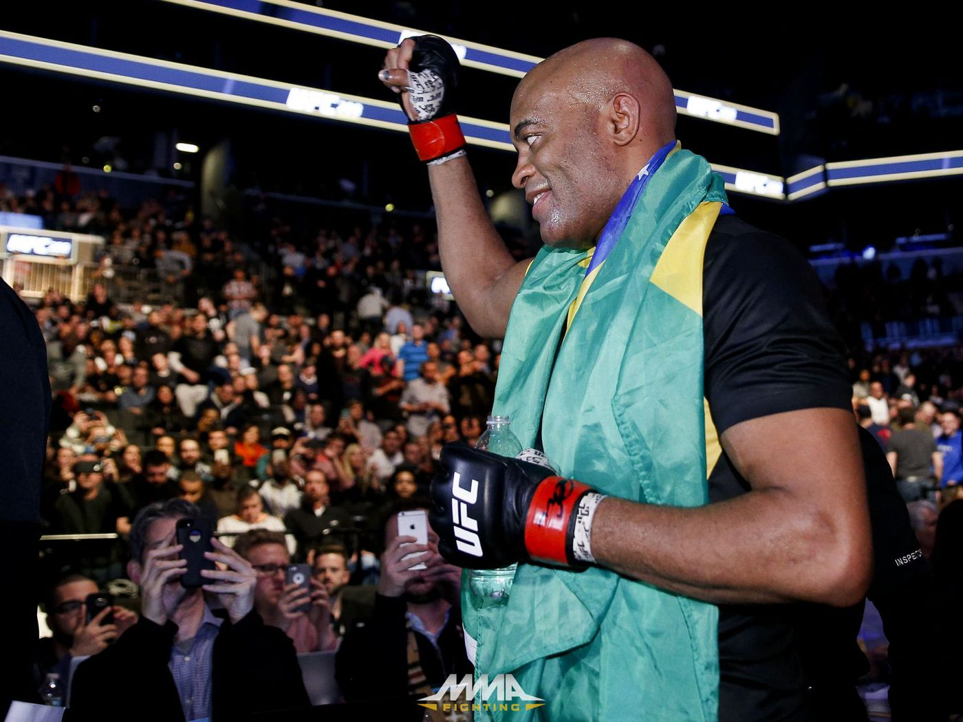 Anderson Silva Plans To Continue Fighting It S Not Over Yet