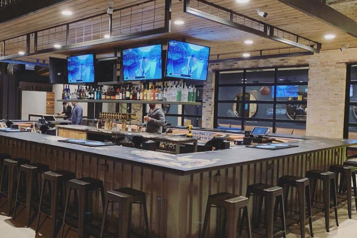 The bar at WTFicehouse