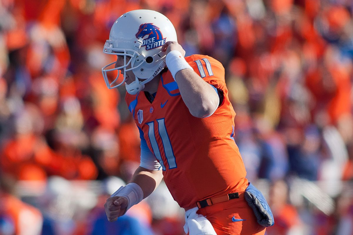 Kellen Moore made his one season in the Mountain West count, and Boise fans didn't forget.