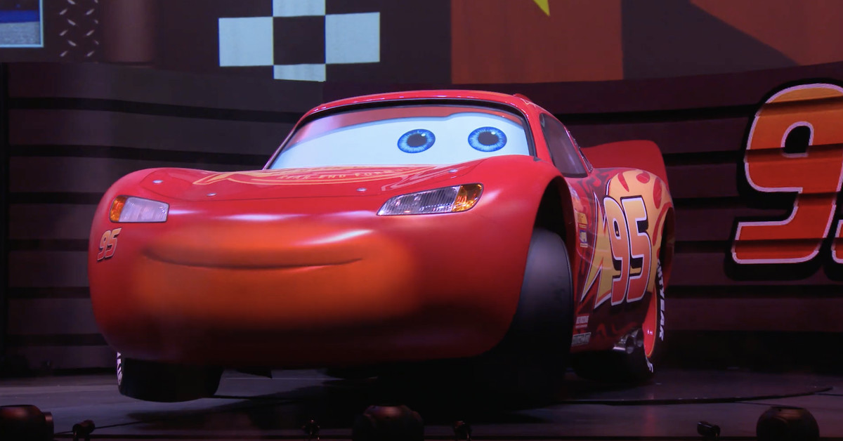 cars u2019 lightning mcqueen revs up for solo show at hollywood