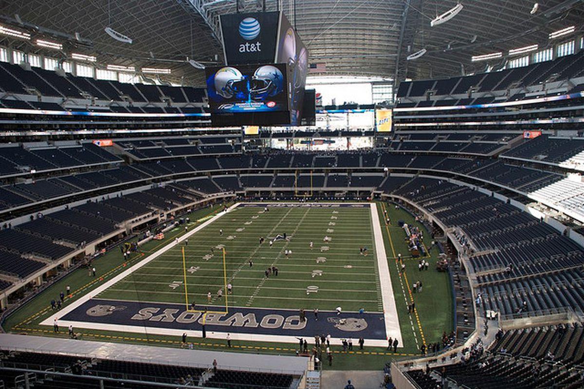 Cowboys Stadium Becomes At Amp T Stadium In Multimillion