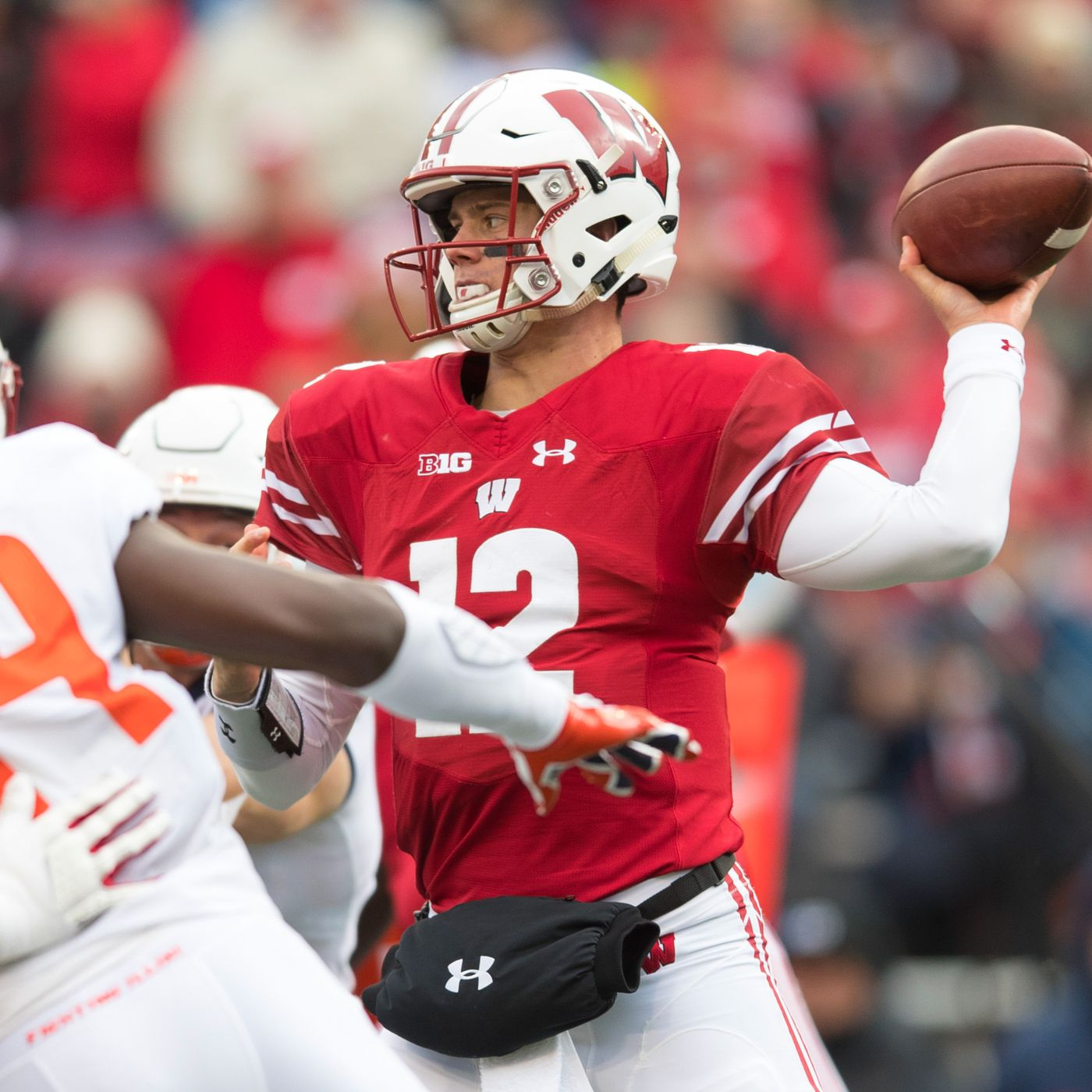 Wisconsin football: Alex Hornibrook concussion injury update ...
