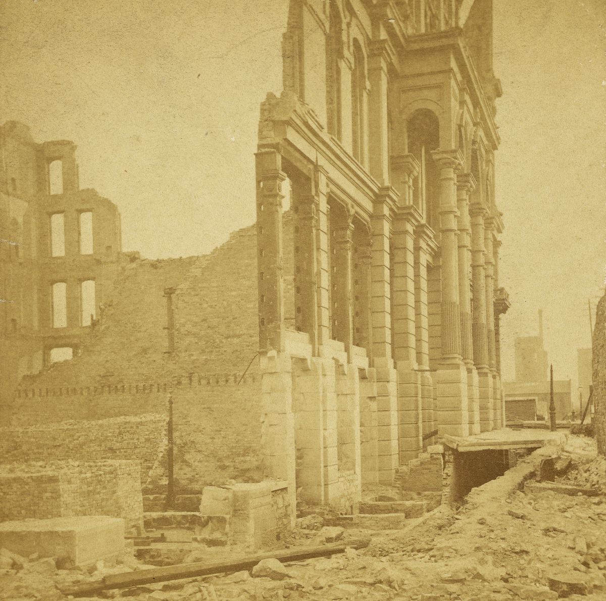 The remains of the Grand Pacific Hotel, on the block bounded by Quincy, Clark, Jackson and LaSalle. The hotel was rebuilt after the fire.