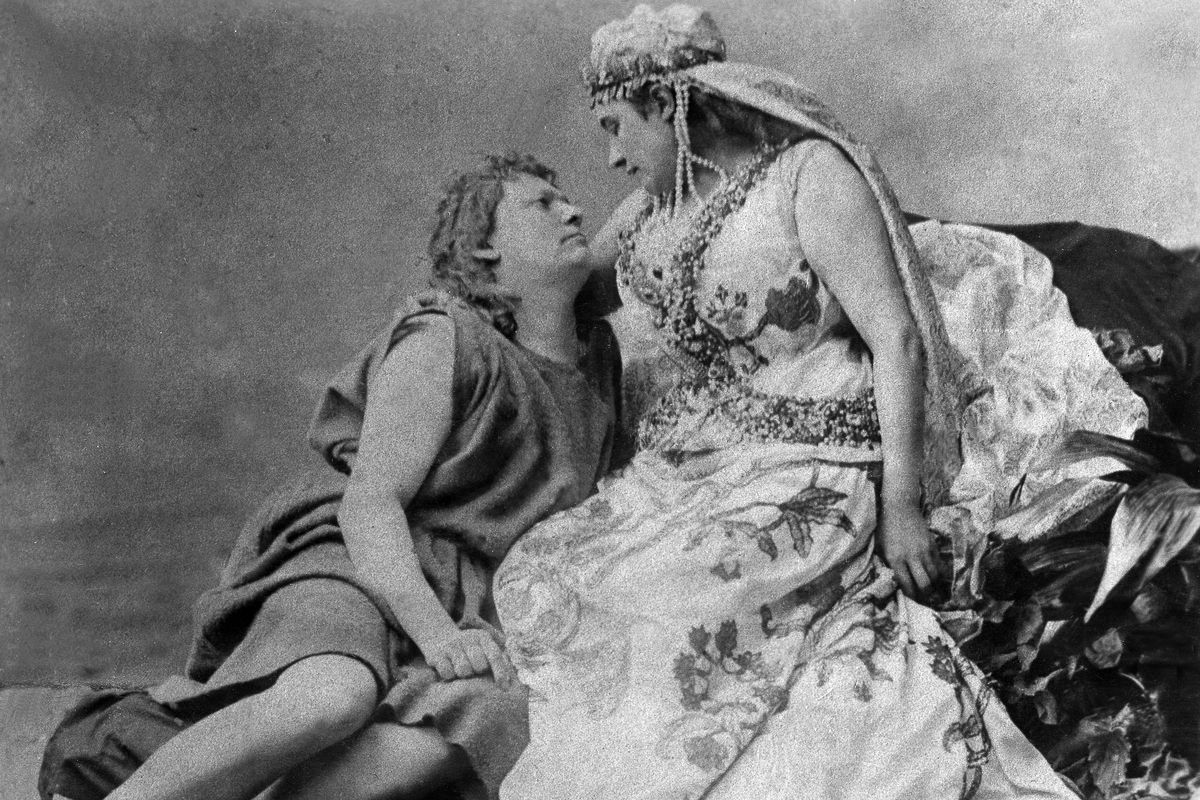 Richard Wagner 'Parsifal' - productions:first performance, Bayreuth 1882 Hermann Winkelmann (Parsifal) and Amalie Materna (Kundry)