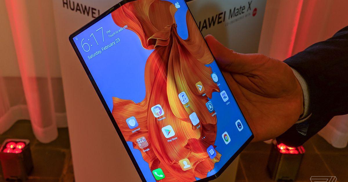 Huawei brinca com o dobrável Mate X atualizado com melhor dobradiça e tela mais resistente 1