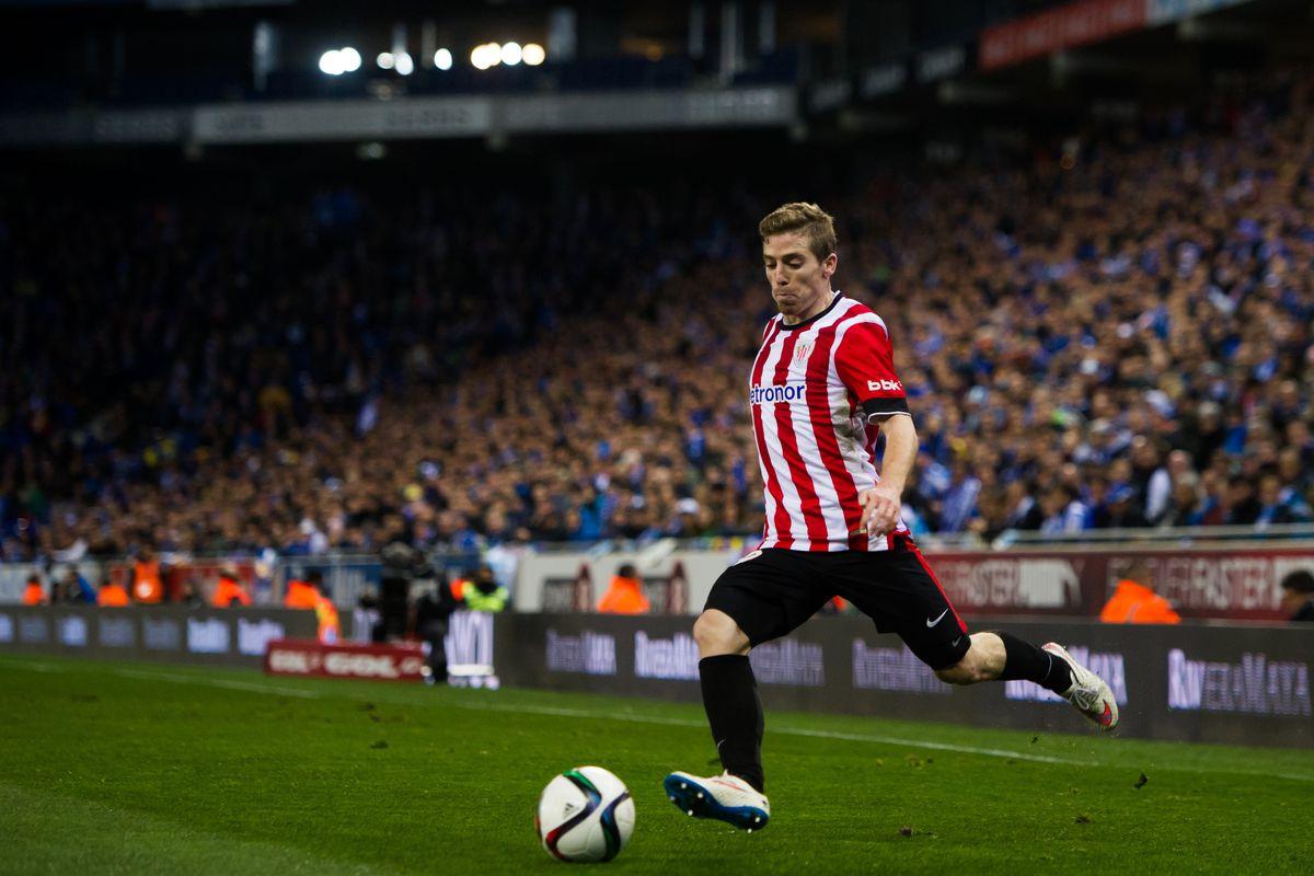 Muniain in action against Espanyol in the Copa semifinal
