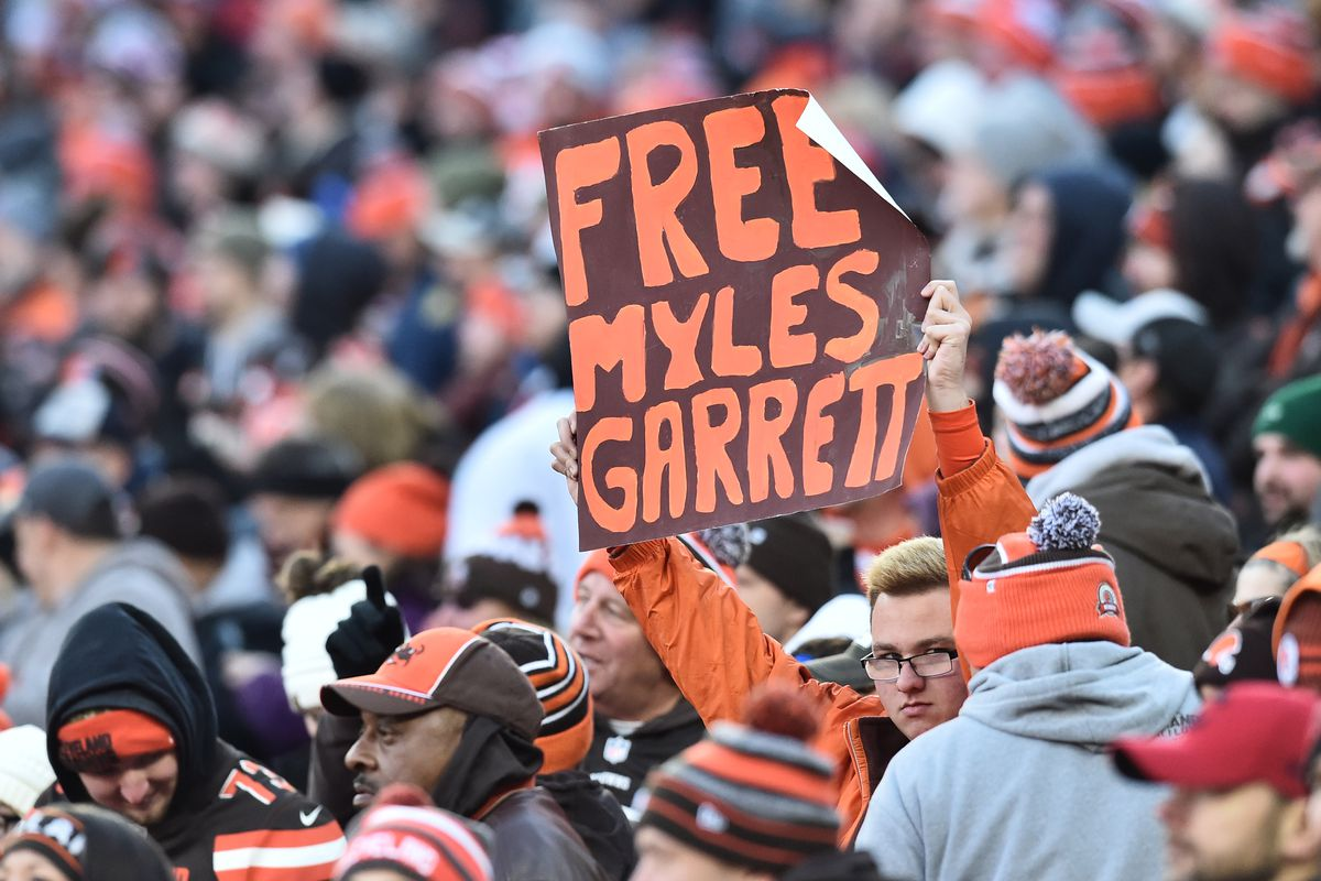 NFL: Miami Dolphins at Cleveland Browns