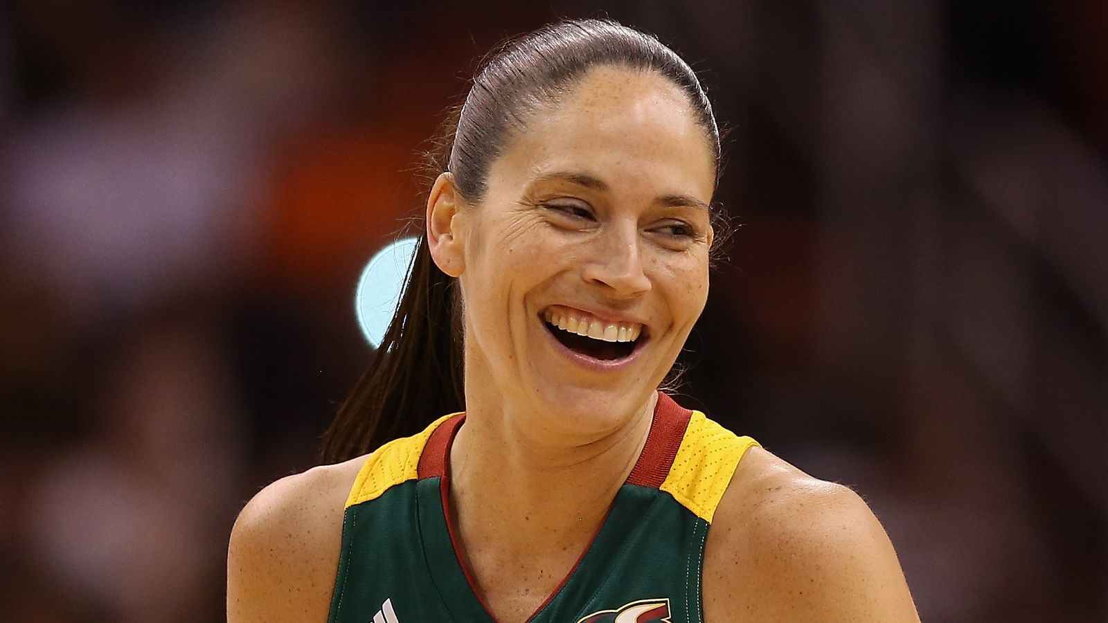 Storm star sue bird says she's dating the reign's megan rapinoe and opens up about being gay