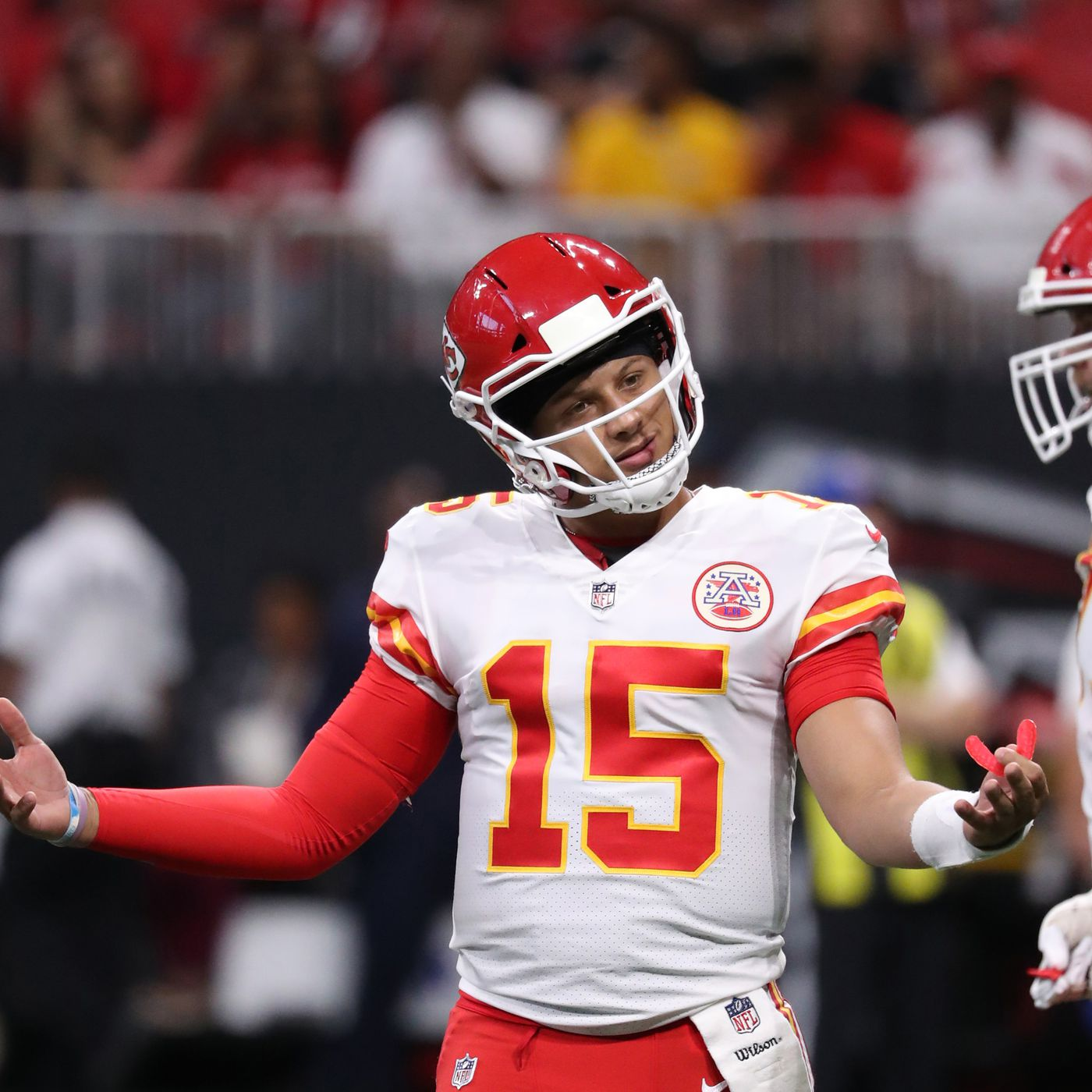 1603a705ea0 Arrowheadlines: Patrick Mahomes' 69-yard TD pass topped all 2017  air-distance records