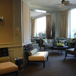 """<span class=""""credit"""">Relaxation lounge at Bella Sante; via <a href=""""https://www.facebook.com/photo.php?fbid=42062197591&set=a.42062047591.63591.39467892591&type=3&theater"""">Facebook</a></span><p><b>Bella Sante</b>: Another Newbury Street heavy-hitter, Bell"""
