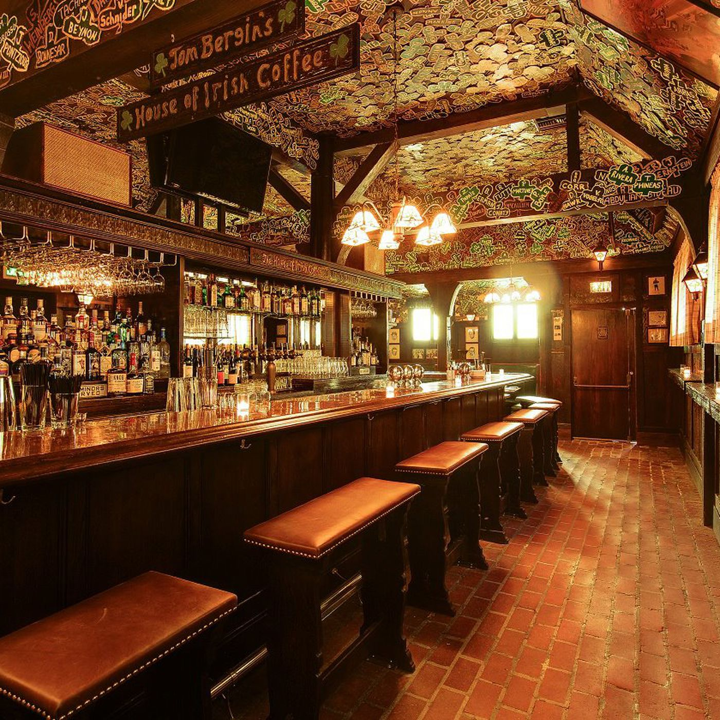 Tom Bergin S Irish Bar Finally Adds Upstairs Whiskey Lounge And More A M Intel Eater La