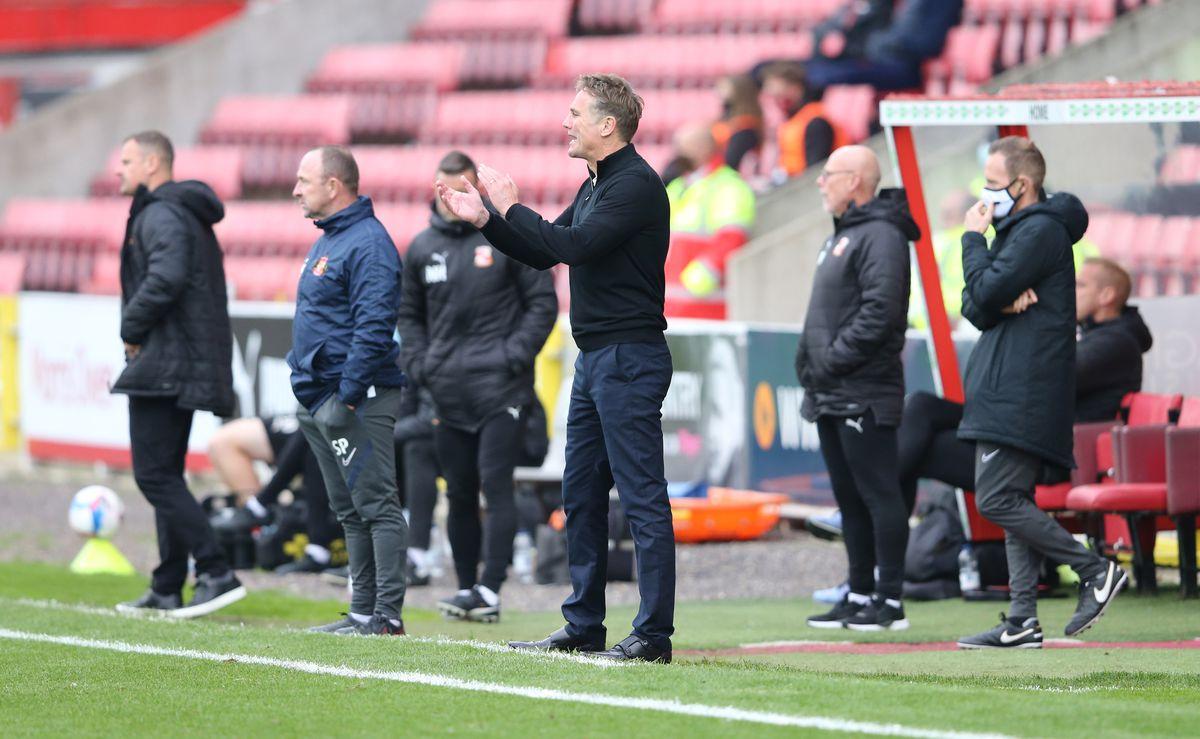 Swindon Town v Sunderland - Sky Bet League One