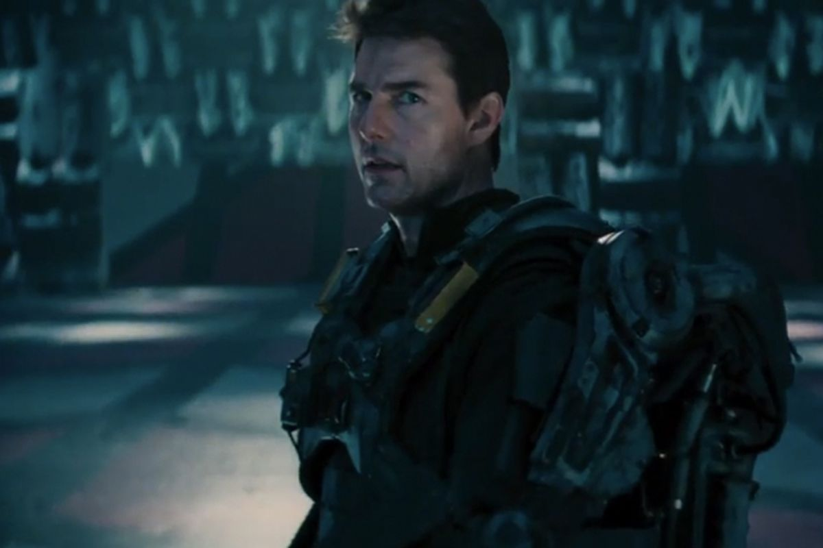 Tom Cruise goes back to the future in the first trailer ...