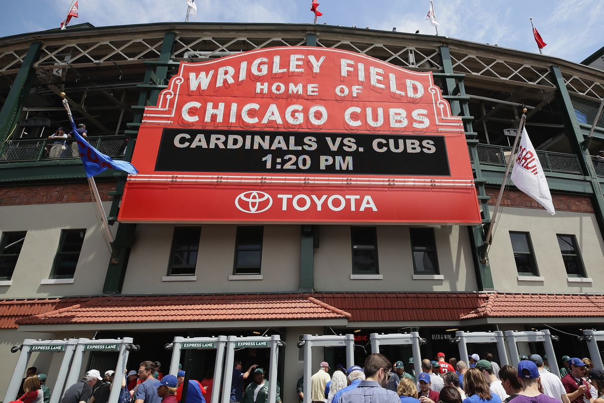 Sports media: Cubs might be served cold Dish in carriage talks
