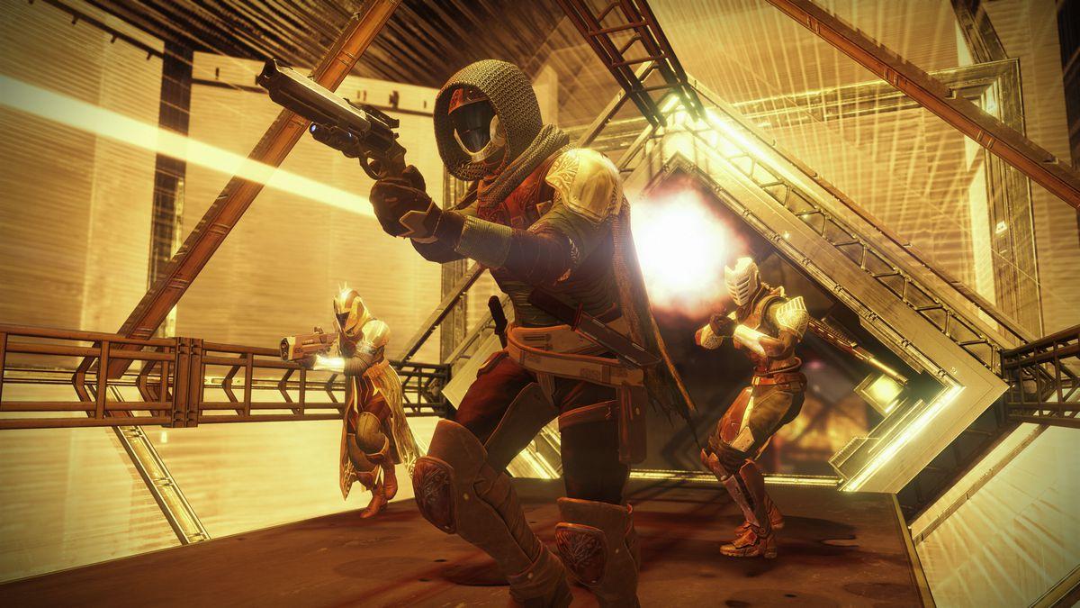 Destiny: Rise of Iron - Icarus Crucible multiplayer combat
