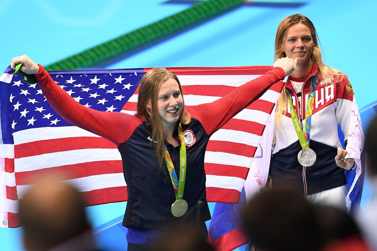U.S. gold-medal breaststroker Lilly King (foreground) and Russian silver medalist Yulia Efimova (GettyImages)