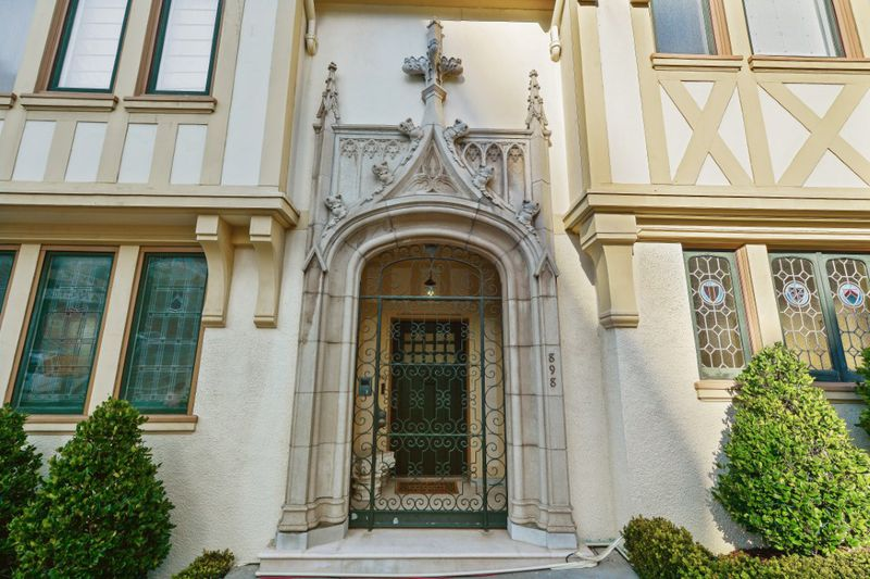Gothic Tudor Mansion At 898 Francisco Street In Russian Hill In2006 He Paid 94 Million For The House And An Adjacent Vacant Lot