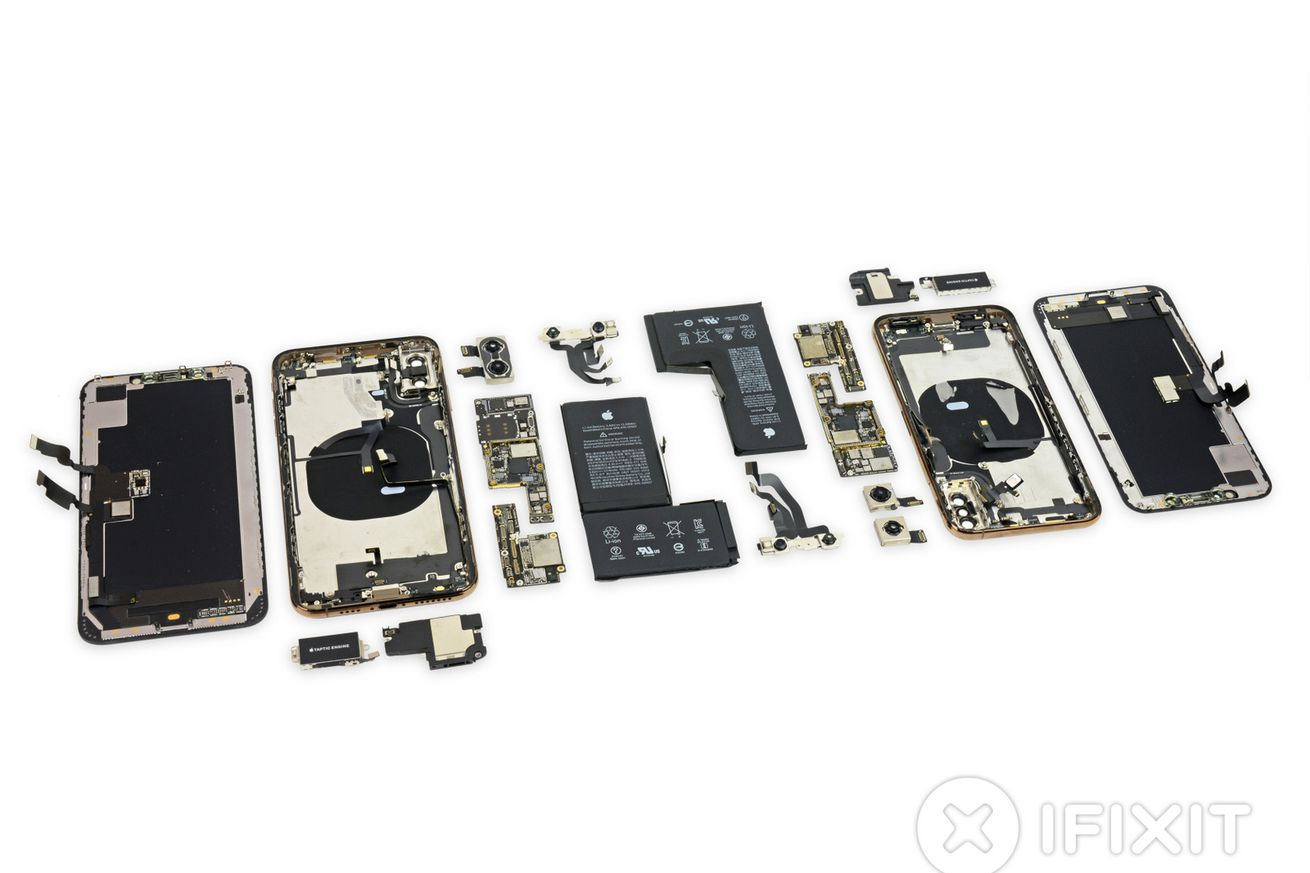 ifixit s iphone xs and xs max teardown shows off the revamped batteries