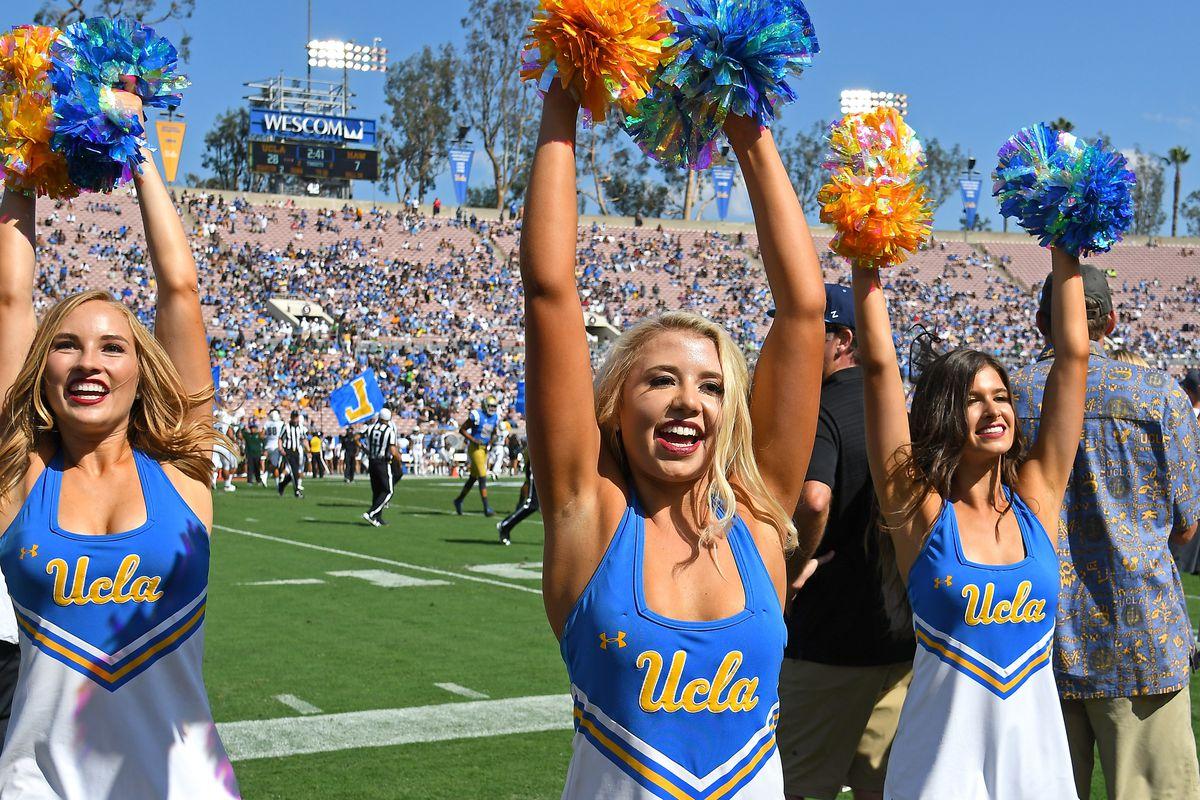 """<p zoompage-fontsize=""""15"""" style="""""""">Hawaii v UCLA"""