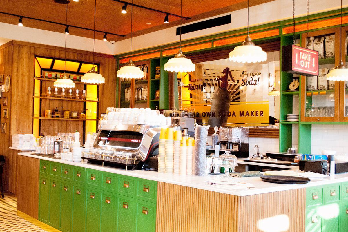 Cafe Landwer in Audubon Circle