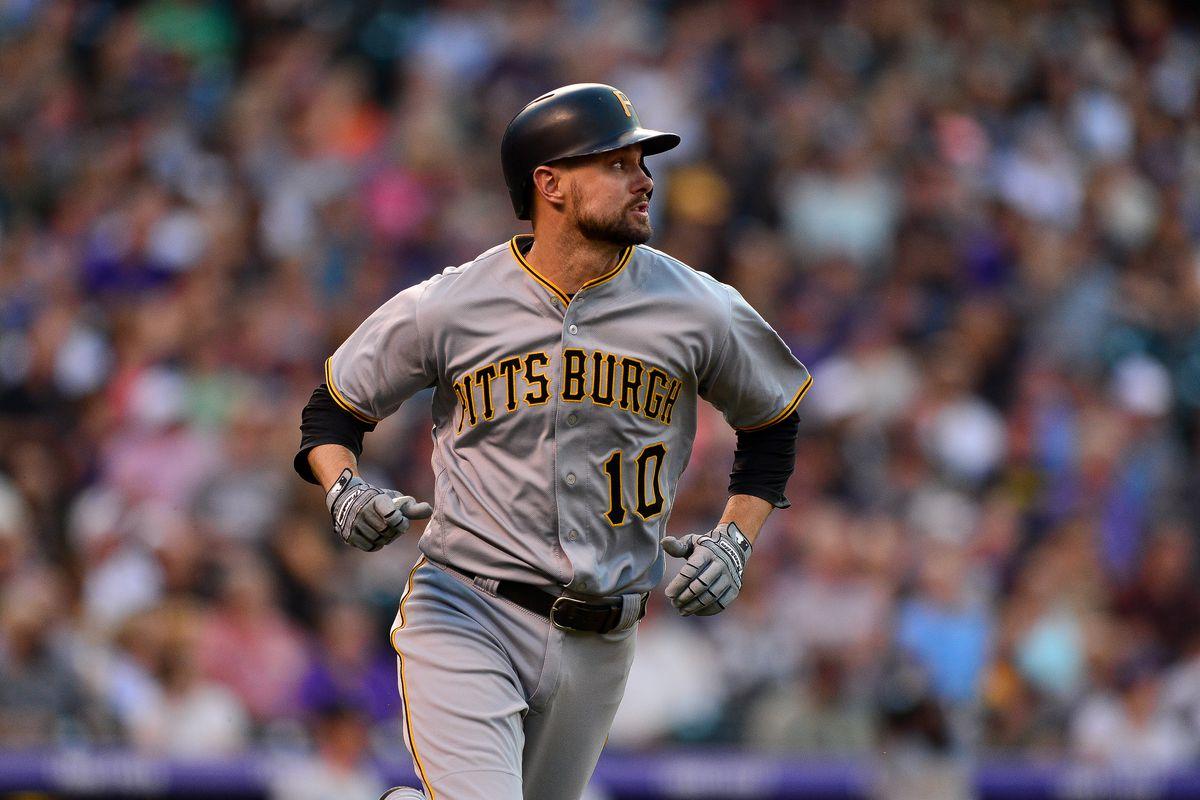 2cc19369127 MLB trade rumors  Jordy Mercer an ideal shortstop target for the ...