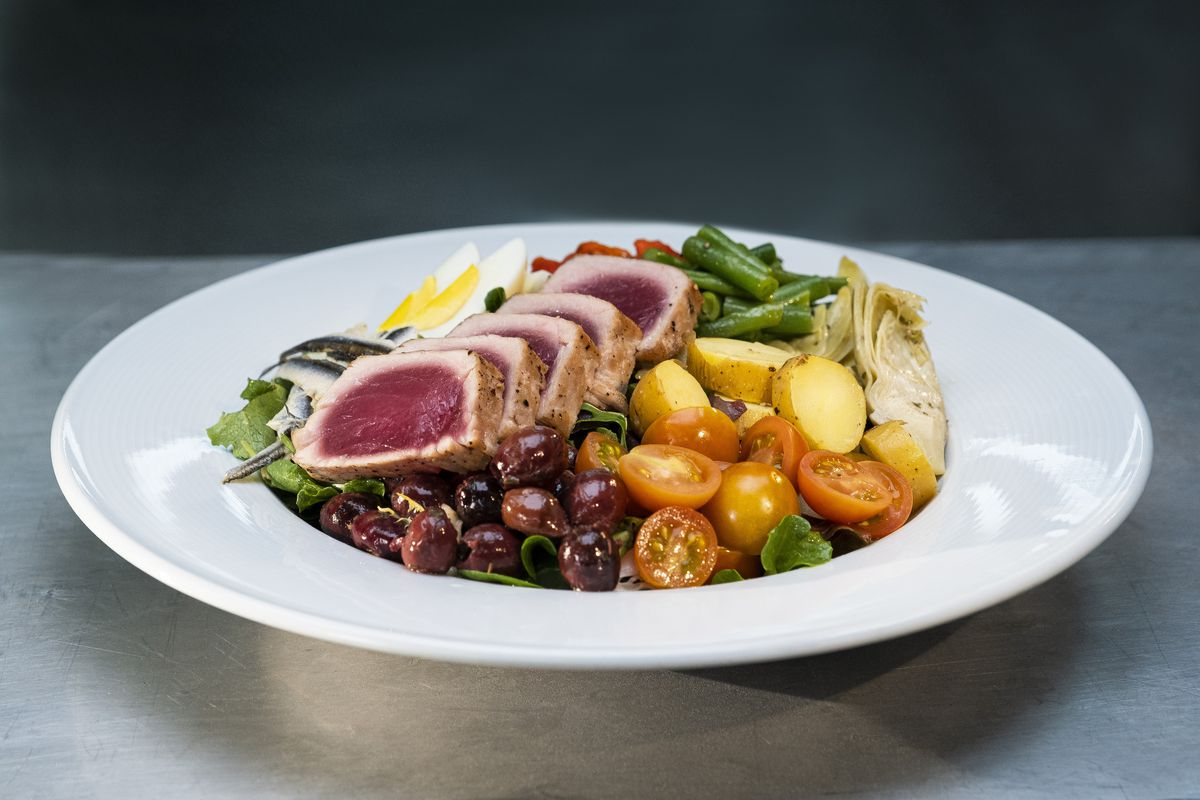 Wolfgang Puck's signature seared tuna Salade Niçoise plays an key role in an episode of The Event, adocumentary series airing on HBO Max starting Jan. 14, 2021.| Jessica Brooks/HBO Max