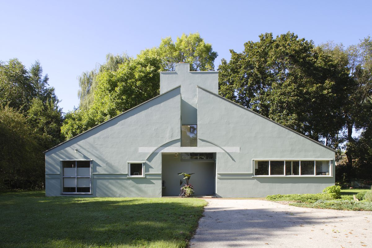 Robert Venturi Masterpieces Of A Postmodern Architecture Icon Curbed