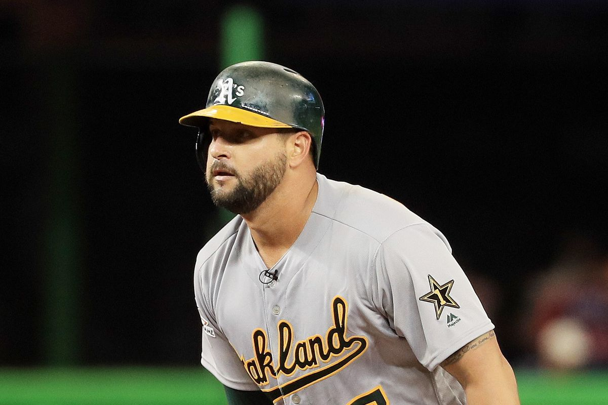 MLB Trade Rumors: Yankees must not overpay for Yonder Alonso