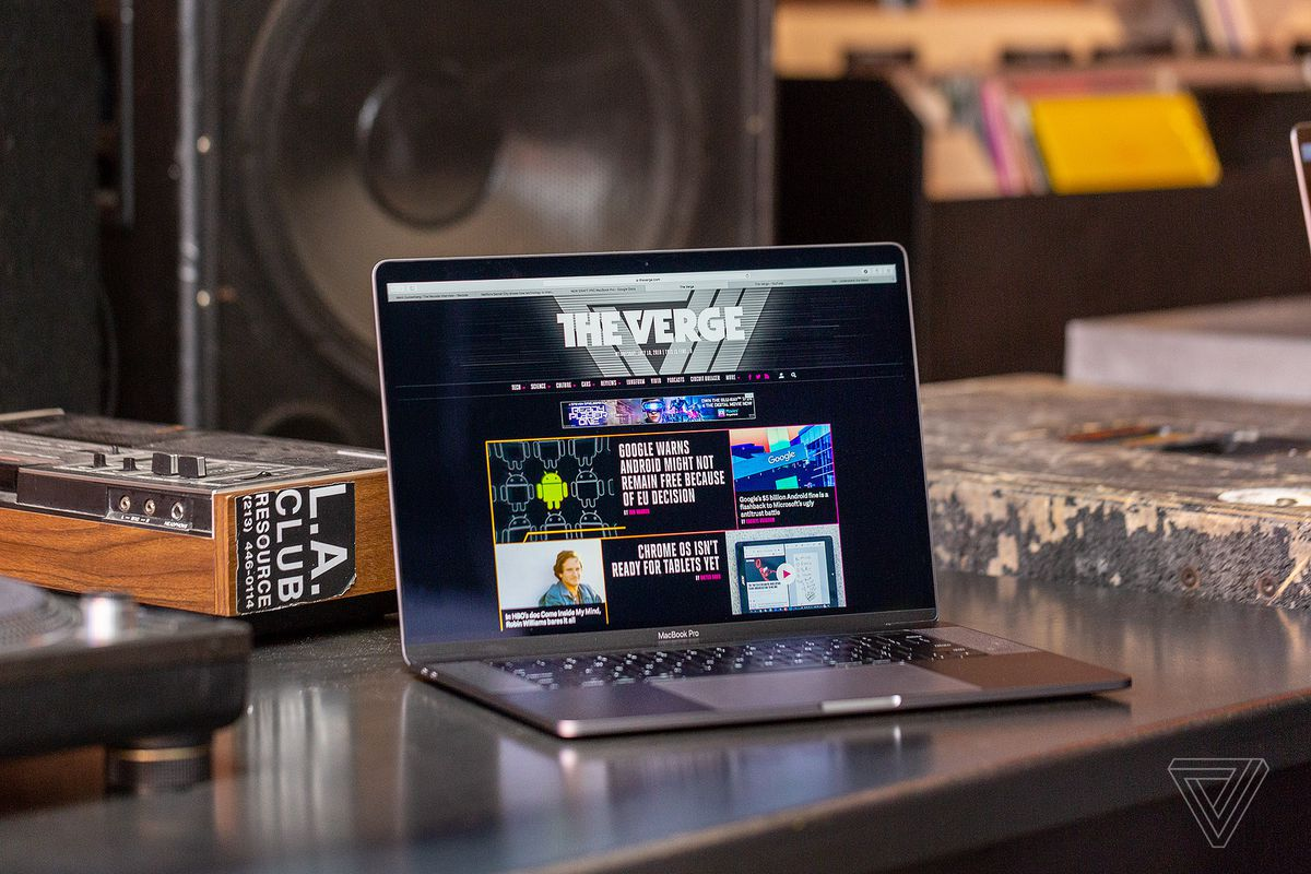 Apple Updates Macbook Pro With Amd Vega Gpu Options The Verge