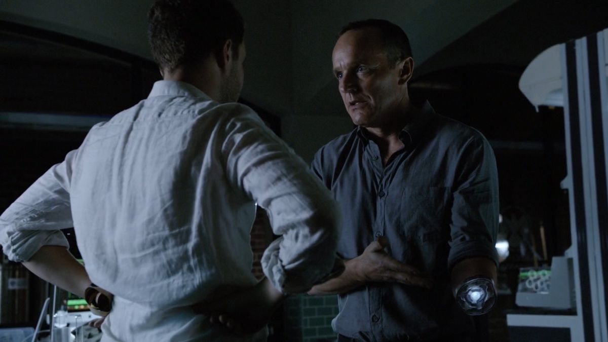 agent coulson robot arm prosthetic port agents of shield