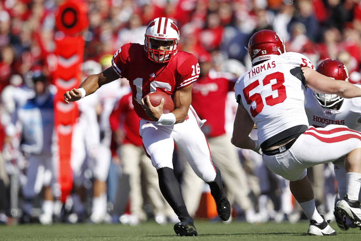 MADISON, WI - OCTOBER 15: Russell Wilson #16 of the Wisconsin Badgers runs with the ball against the Indiana Hoosiers at Camp Randall Stadium on October 15, 2011 in Madison, Wisconsin. The Badgers won 59-7. (Photo by Joe Robbins/Getty Images)