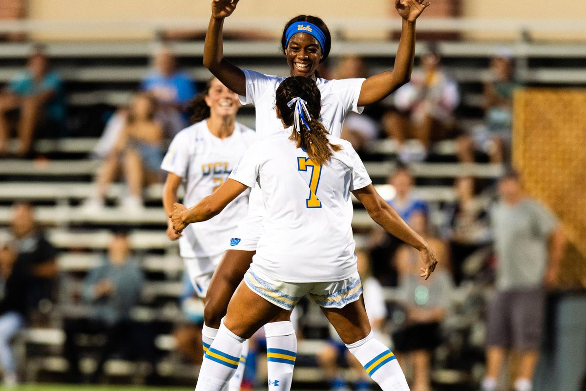 UCLA Women's Soccer Travels to Hawai'i for Rainbow Wahine Shootout