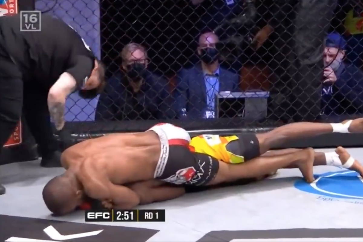 An incident of horrible officiating at EFC 88.