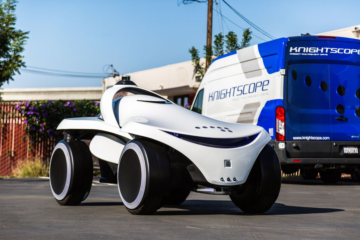Robot security guard maker Knightscope shows off new multi-terrain model