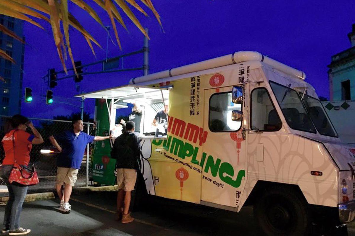 Food Trucks Miramar Puerto Rico