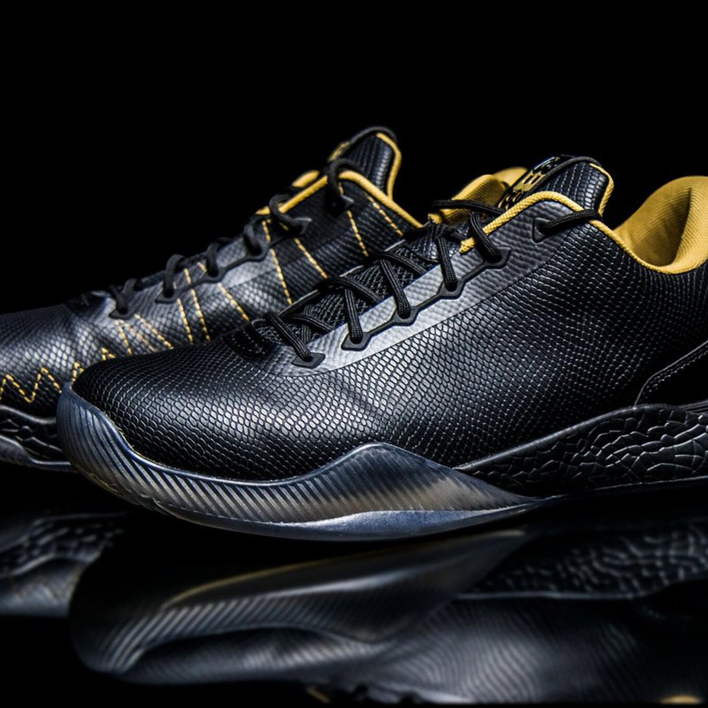 cfca079d10aa Lonzo Ball s shoes look great