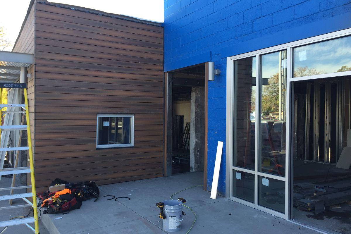 Future location of Denver Deep Dish in Highland