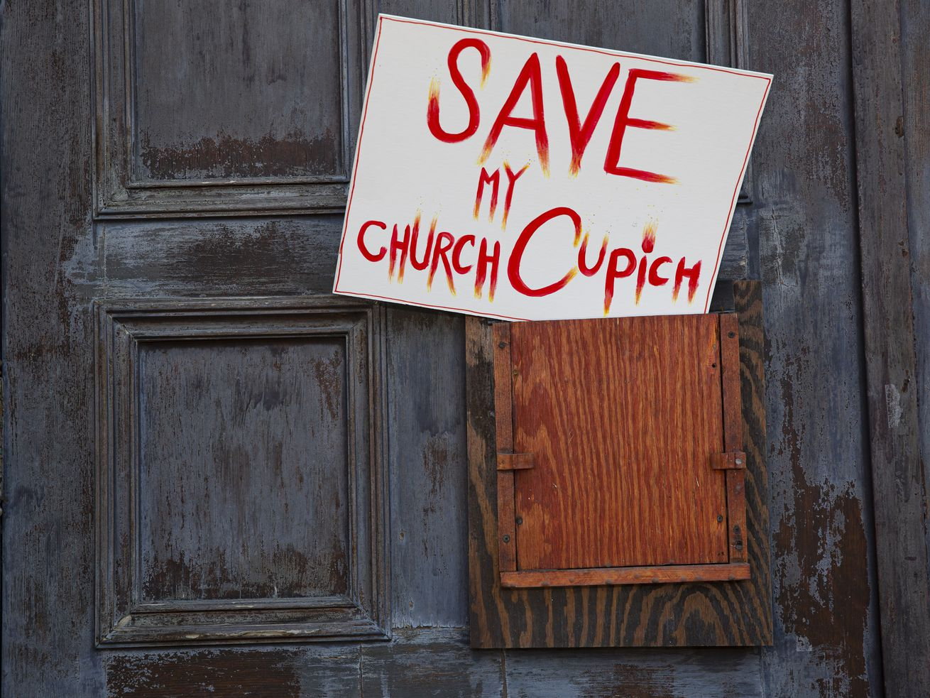 Catholic parishioners call on the Archdiocese of Chicago to not sell shuttered churches to developers