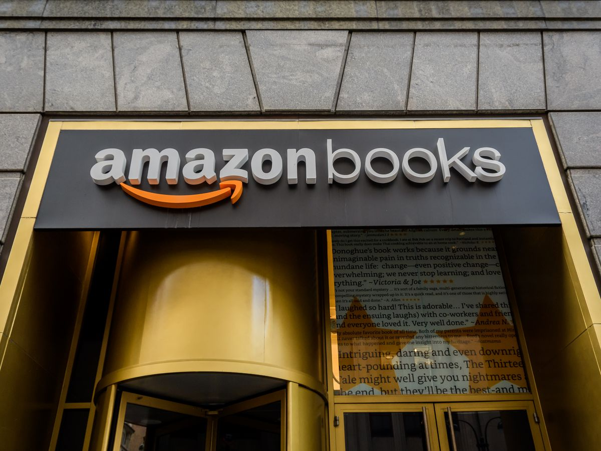 Amazon Books retail storefront in Manhattan...
