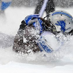 Detroit Lions running back Joique Bell (35) scores a two point conversion Sunday vs. the Eagles
