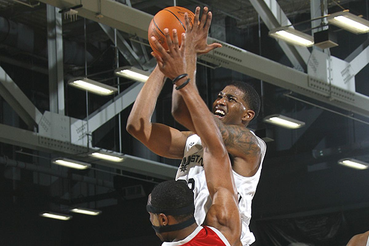 """<a href=""""http://www.nba.com/media/dleague/gee_650_091201.jpg"""">Alonzo Gee</a> and the Toros couldn't get it done last night against Tulsa."""