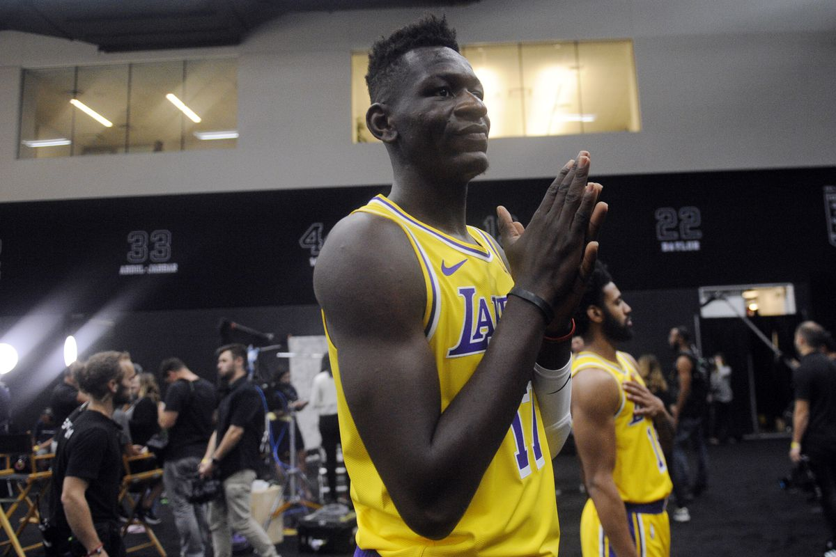 483ffc7bfb4 Gary A. Vasquez-USA TODAY Sports. El Segundo — While the Los Angeles Lakers  were getting ready ...