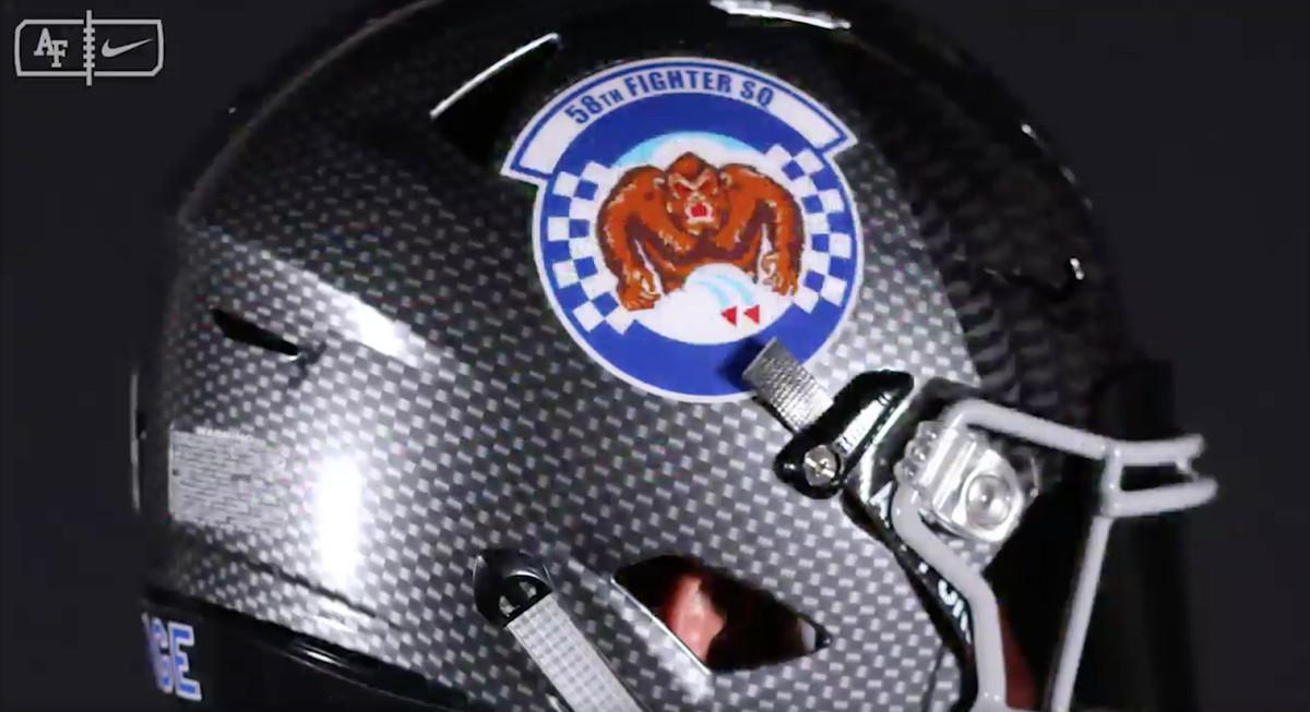 Air Force New Football Helmets Look Like F 35 Pilots In Flight