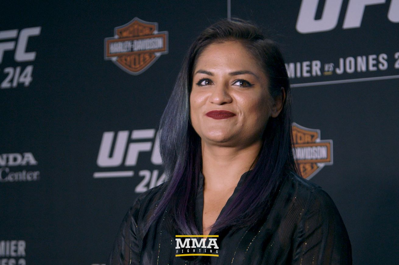 community news, Cynthia Calvillo predicts she will be the first to defeat champion Joanna Jedrzejczyk