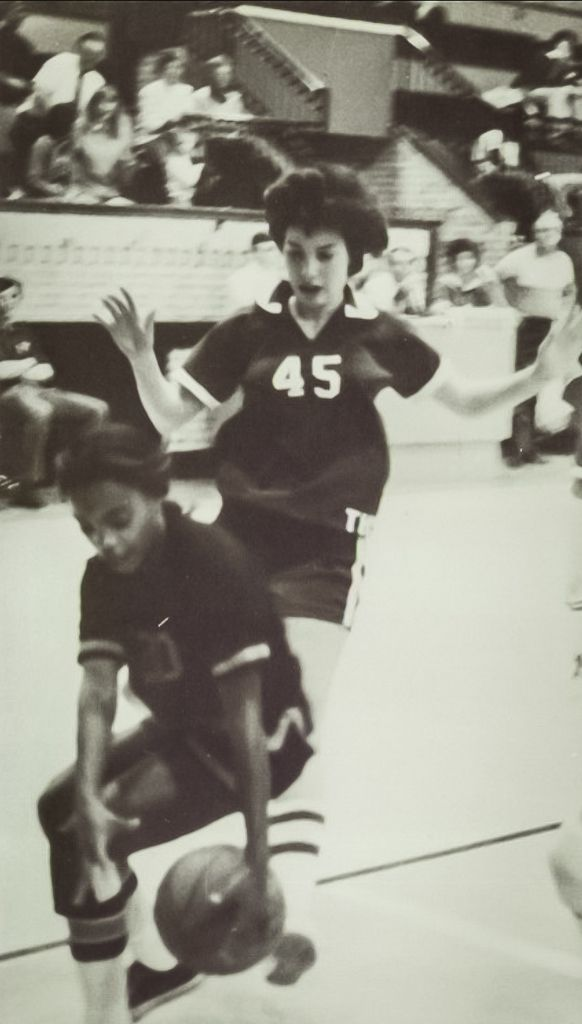 Lori Lightfoot (left) playing on her high school basketball team in Massillon, Ohio. | Yearbook