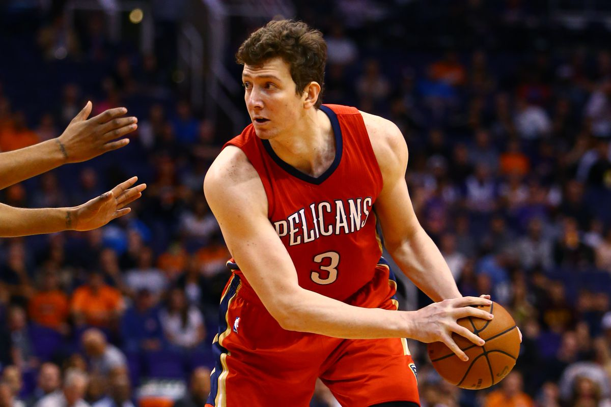 Omer Asik to sign 5-year, $60 million deal with Pelicans ...